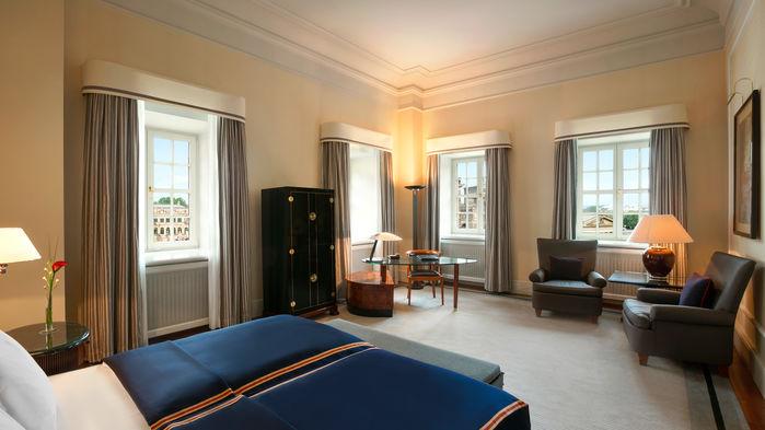 De bekväma rummen är rymliga och har luftkonditionering och gratis wifi.