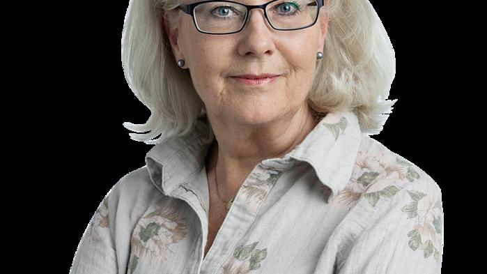 """Vår ciceron Agneta Ullenius bor numera i trakten och visar gärna upp utvalda bitar av """"sitt Österlen""""."""