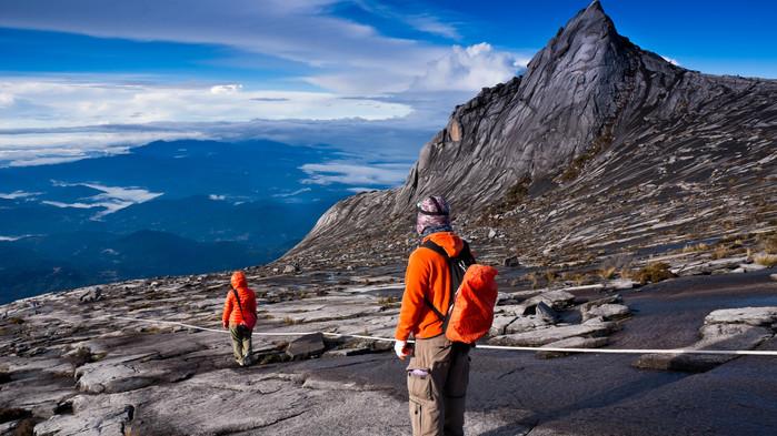 På toppen av Mt Kinabalu