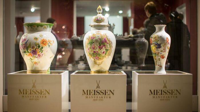 """Den anrika porslinsfabriken Meissen Porzellan var den första i Europa att tillverka det """"vita guldet"""". Meissenporslinet är världsberömt för sin kvalitet och utsökta design."""